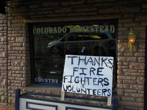 Colorado Homestead Thanks Fire Fighters