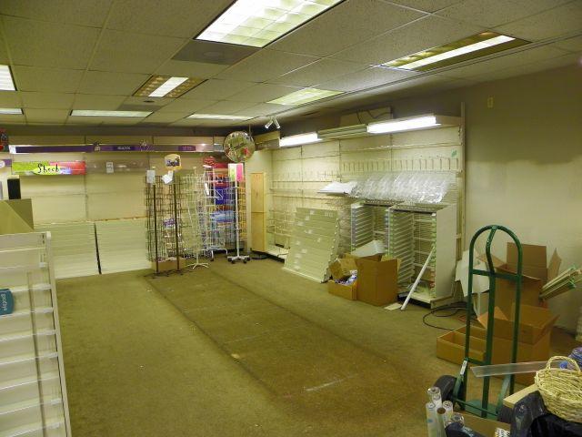 No merchandise on the Peaks Hallmark shelves